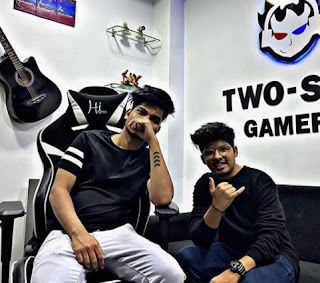 Two side gamers Png Image
