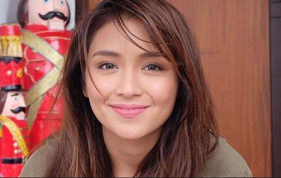 Direk Mae Cruz-Alviar Revealed That Angel's Previous 'Pulubi' Character For MMK Was Kathryn Bernardo's Peg In CHFIL Scenes!