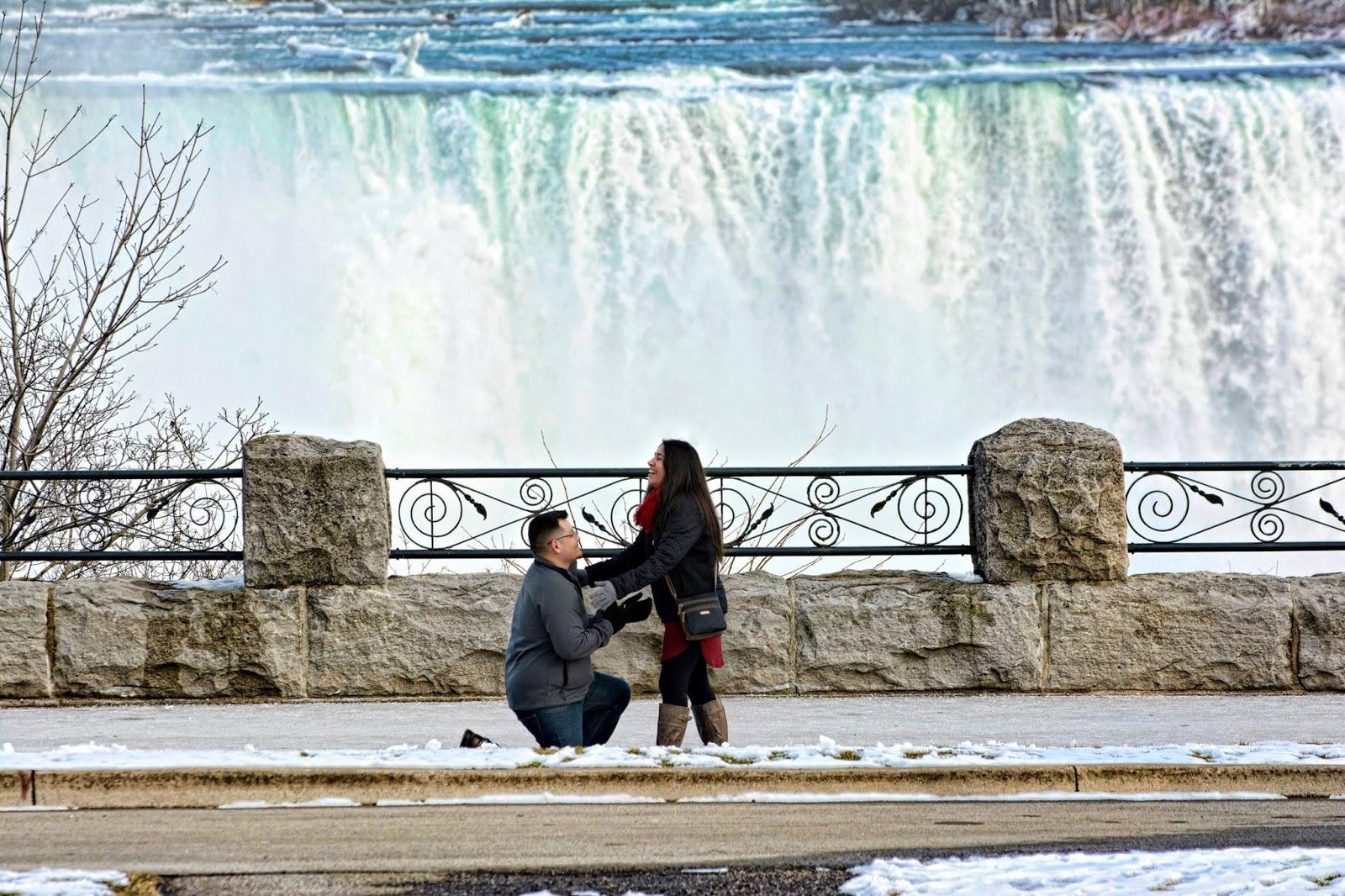 Niagara Falls Elopements And Destination Wedding Chapel On The Lane
