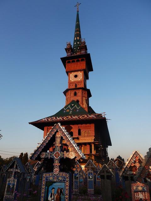 Wesoły Cmentarz - odnowiona cerkiew (wrzesień 2016)