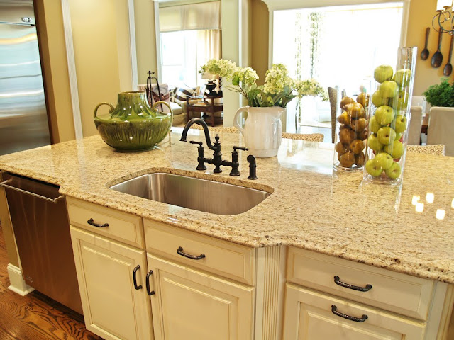CapriCoast Kitchen Storage Solutions