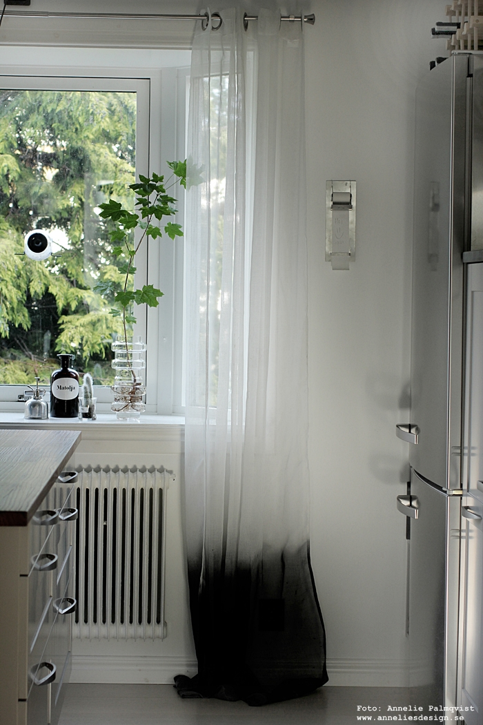 annelies design, webbutik, fågelmatare, på fönstret, born in sweden, nätbutik, gåflar, fågel, småfåglar
