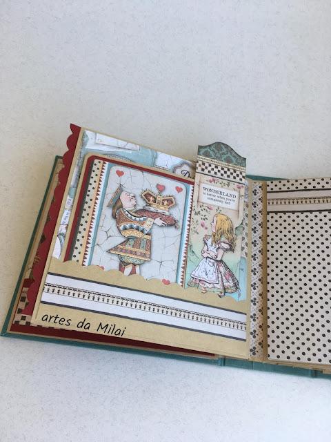 Álbum Alice no País das Maravilhas