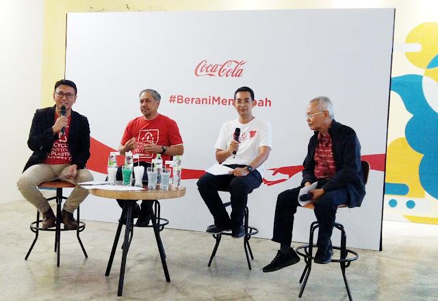 gerakan plastic reborn dari coca cola