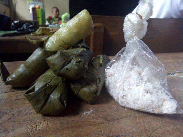 Panganan Tradisional Lopis Zonanesia