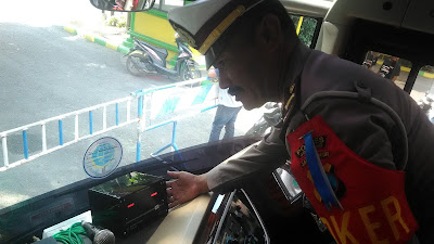 Hindari Sopir Bus Ngebut, Polisi Pasang Speed Alarm