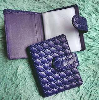 souvenir pernikahan dompet kartu