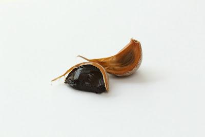 Diente de ajo negro