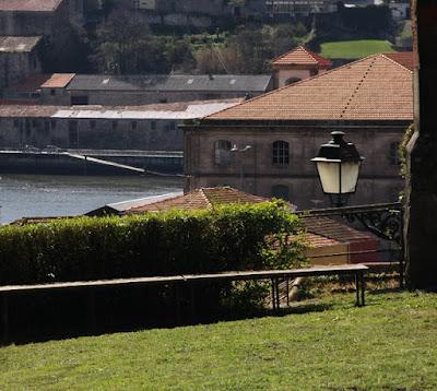Vista do rio Douro a partir do Jardim das Virtudes