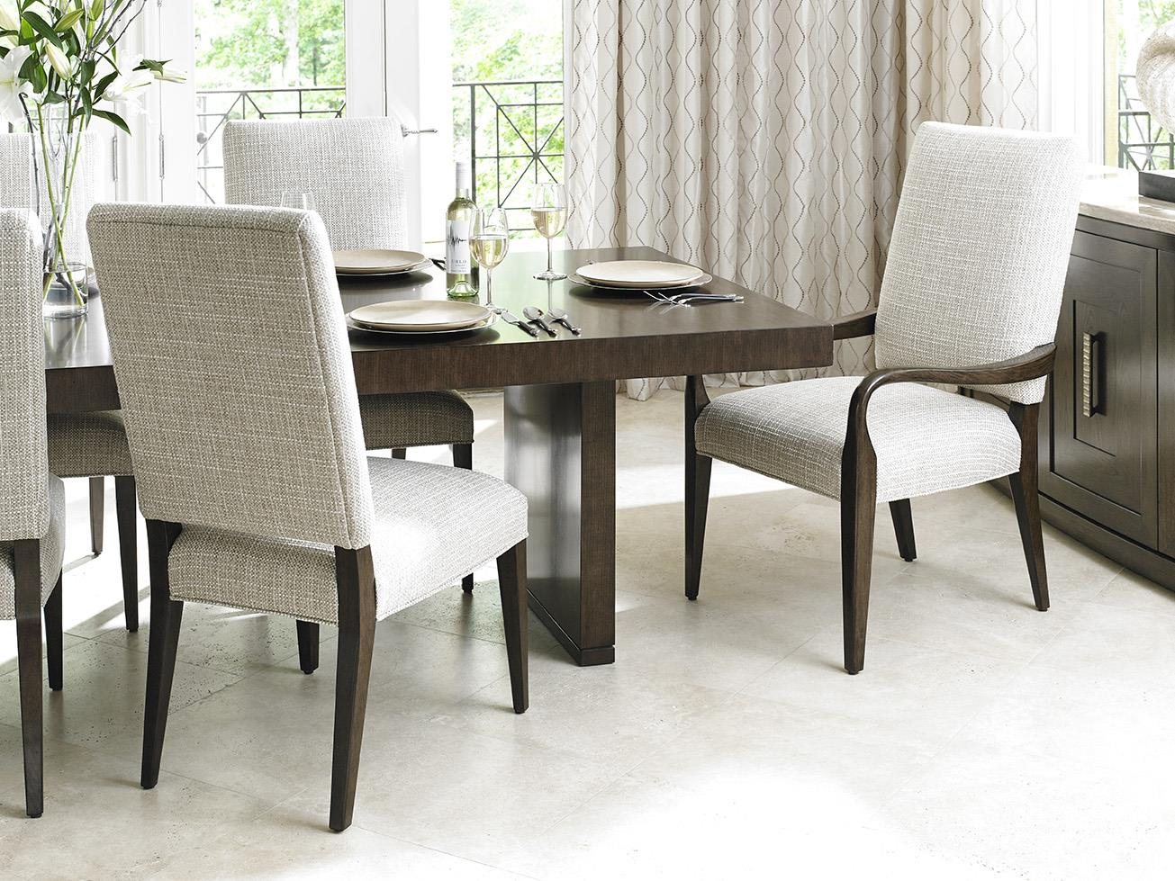 Baer S Furnishing Create A Dining Room With Elegance And