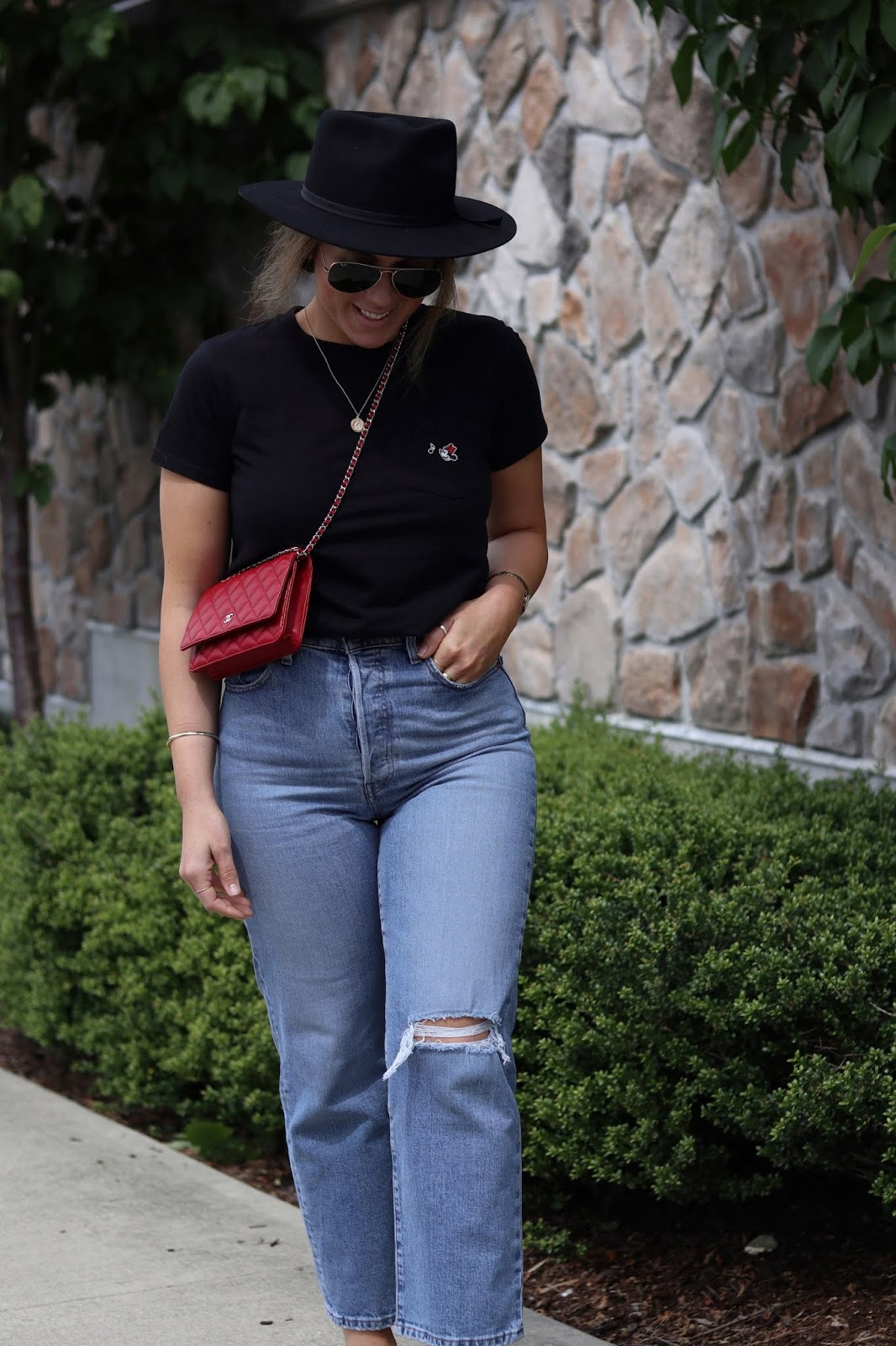 chanel wallet on a chain uniqlo minnie mouse tee levis ribcage jeans lack of colour jethro hat vancouver fashion blogger