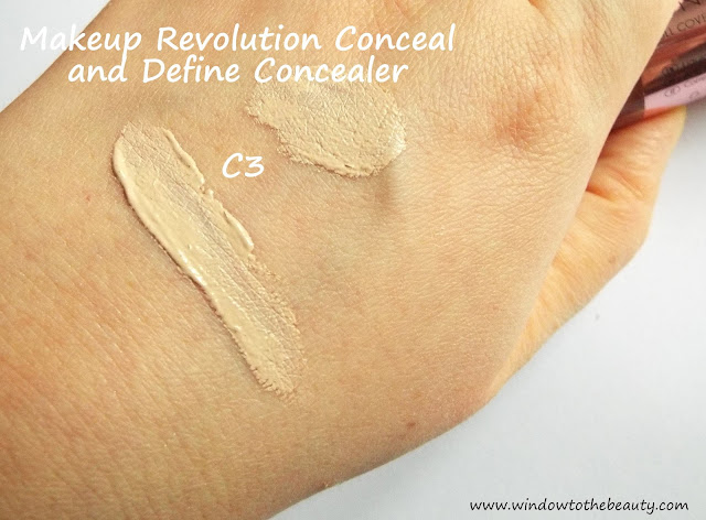 Makeup Revolution Conceal and Define korektor swatch c3