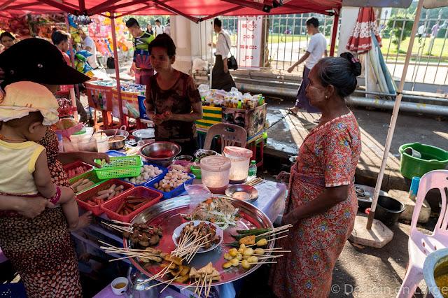 Mahabandula Street-Yangon-Myanmar-Birmanie