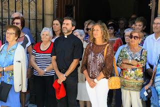 La alcaldesa, Amaia del Campo (PNV), tras la misa en las fiestas de Burtzeña