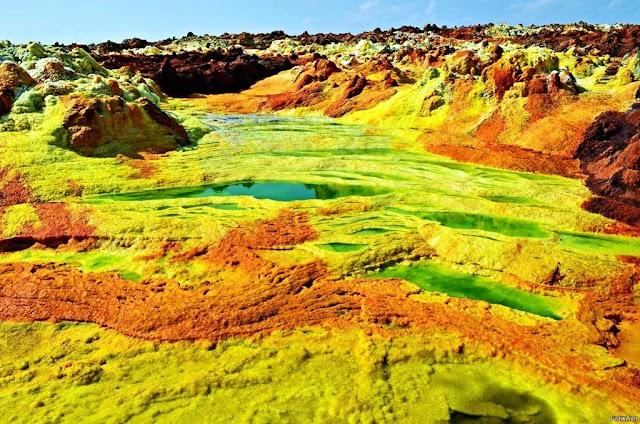 Take a risk walking on the effervescent acid lake