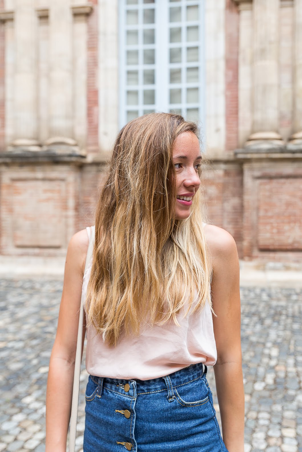 Blogueuse mode cheveux blonds
