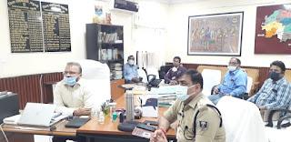 dm-madhubani-covid-meeting