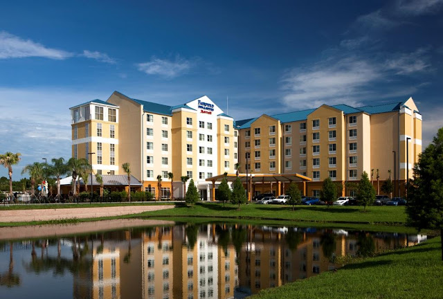 Reserve your stay at Fairfield Inn & Suites Orlando at SeaWorld. Our hotel features complimentary Wi-Fi, free breakfast and free shuttles to and from Discovery Cove.