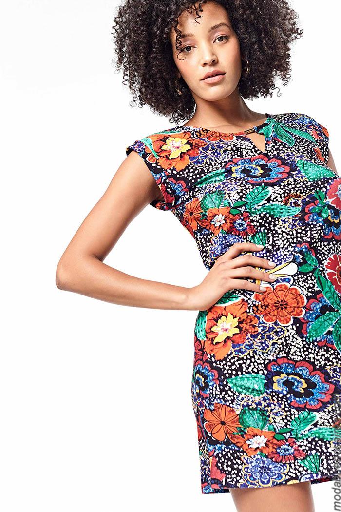 Ropa de moda mujer primavera verano 2020. Moda mujer 2020.
