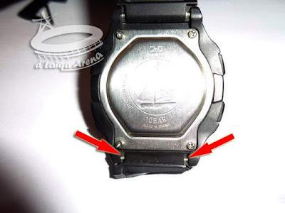 lepas tali arloji yang rusak