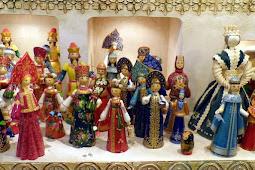 Kurator Seluruh Dunia Gelar Pameran Boneka Internasional di Volgodonsk