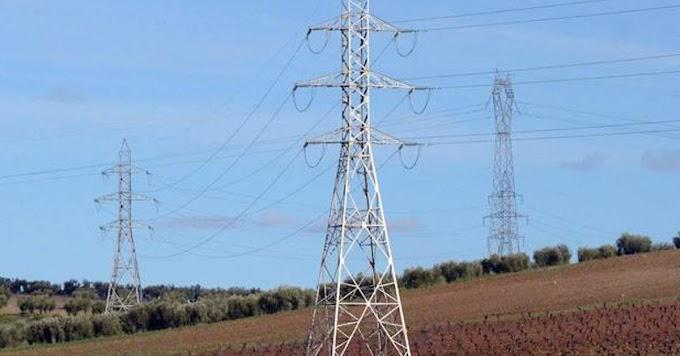 Un chaparrón deja sin suministro eléctrico a Escacena del Campo