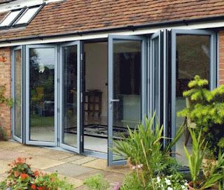 Contoh Motif Desain Model gambar kusen kaca aluminium rumah minimalis terbaik dan terbaru.