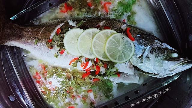 resepi ikan siakap kukus ala Thai