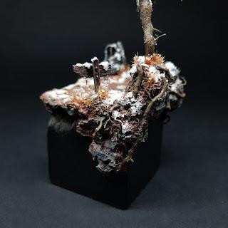 miniature scenic display plinth base scratchbuild snow painting
