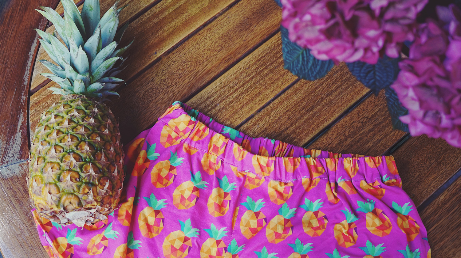 KuneCoco • DIY your closet • Sommershorts mit Ananasmuster