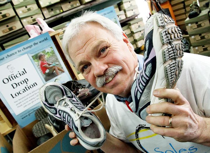 Roy S Shoe Repairs Kelowna Bc