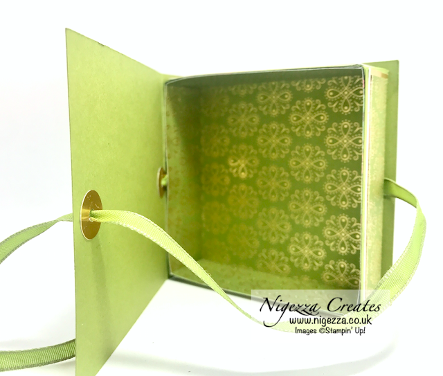 Nigezza Creates with Stampin' Up! Ornate Garden DSP a Book style gift box with decorative inside