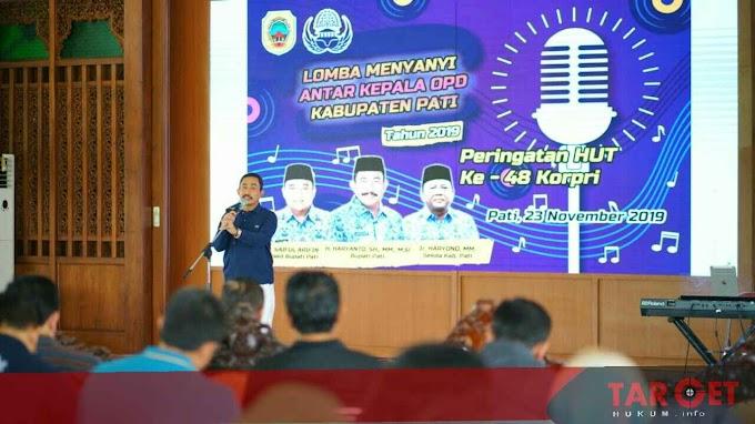Bupati Haryanto Singgung Edaran Perampingan Eselon di Lomba Menyanyi Kepala Dinas