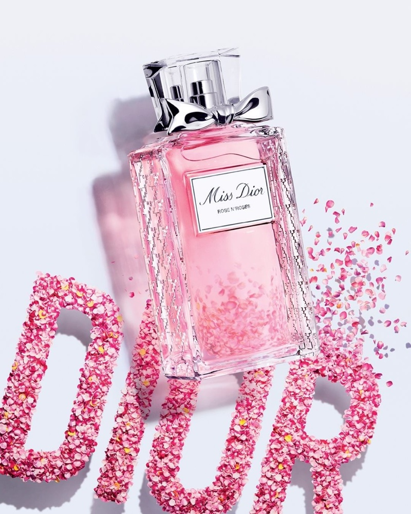 Miss Dior Rose N Roses perfume bottle