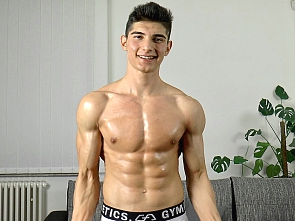 East Boys - Jared Shaw - Workout and Flex