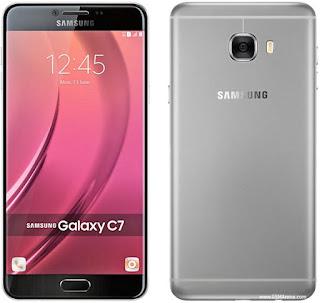 Gambar Samsung Galaxy C7 dengan kamera 16 MP