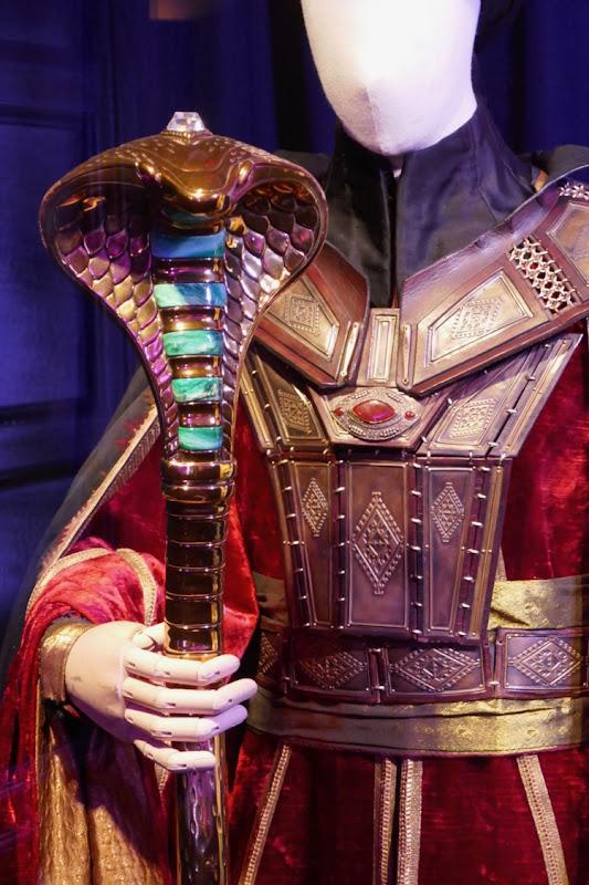 Aladdin Jafar cobra staff prop