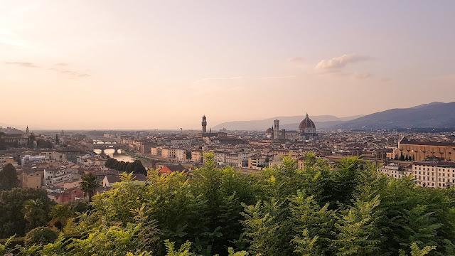 Florence - let's go for a walk together. Part I