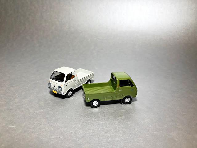 Tomica Limited Vintage  Mazda Porter Cab pickup truck
