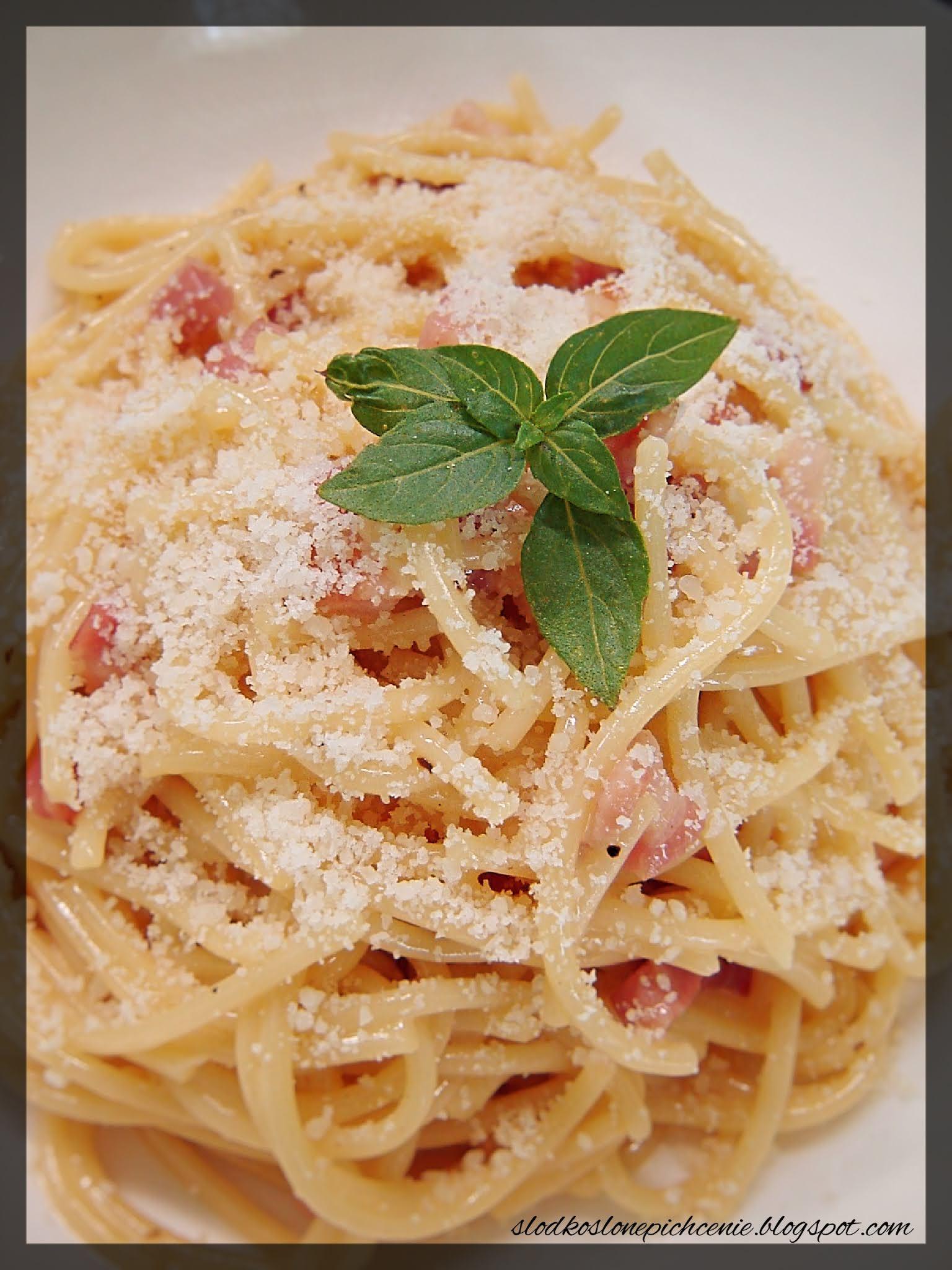 Spaghetti carbonara ze śmietaną