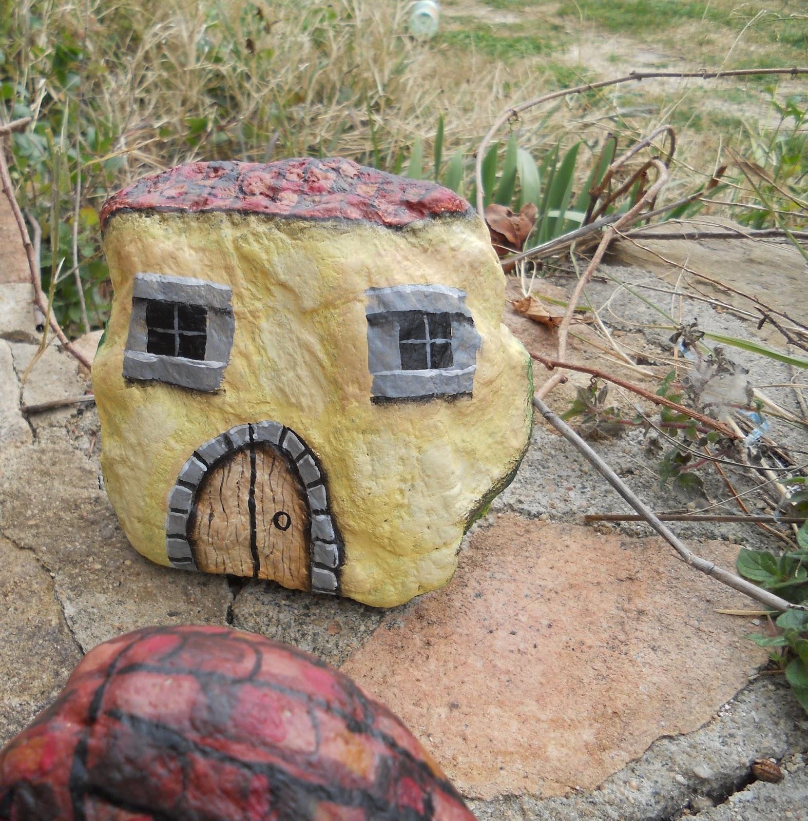 Piedras pintadas a mano piedras pintadas a mano casas - Piedras para casas ...