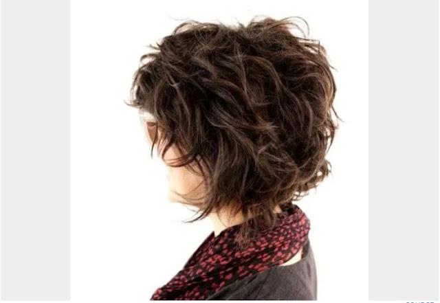 rambut pendek wanita