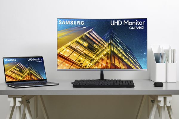 "CES 2019: SAMSUNG intros UR59C 32"" (world's first 32-inch curved 4K UHD monitor)"
