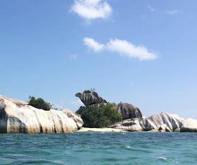 Pulau Batu Garuda - Belitung