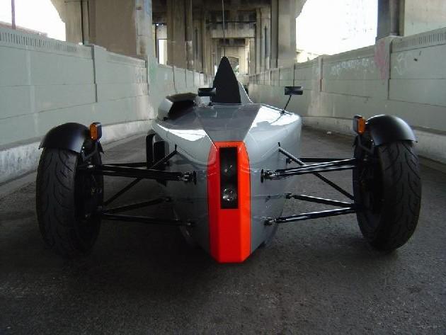 Diseño de Auto monoplaza para la calle