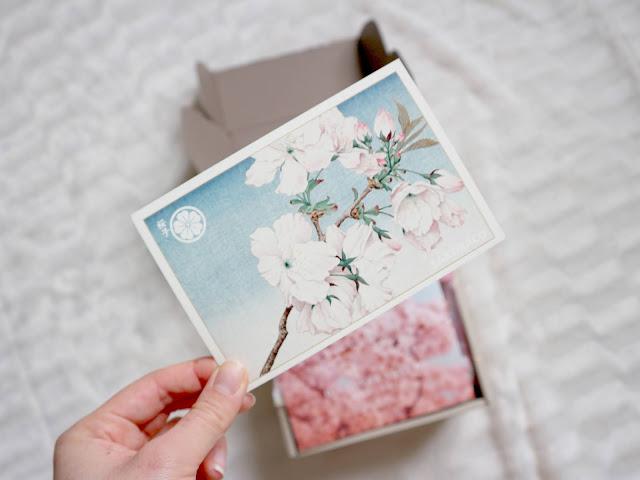 Une jolie carte sakura dans la sakuraco box de mars.