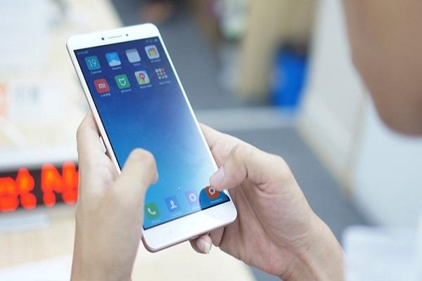 Thiết kế nổi bật Xiaomi Mi Max 2