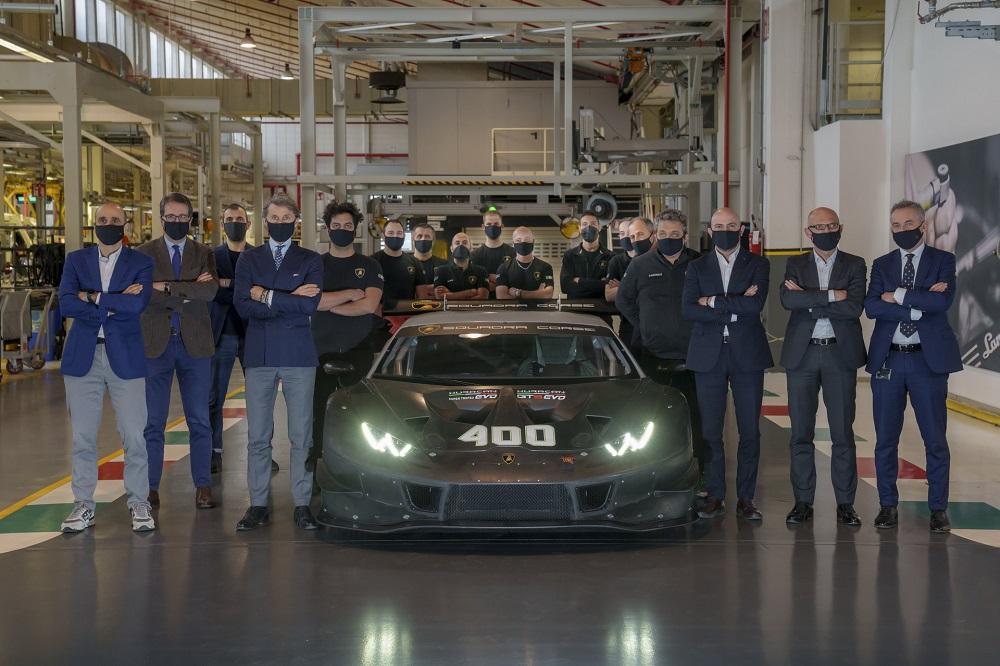 Lamborghini celebrates production of 400th Huracan race car