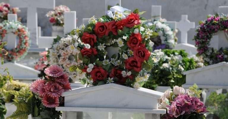 Παντρεύονταν με νεκρούς για να πάρουν την περιουσία τους