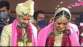 Aditya Narayan And Shweta Agarwal Wedding Photos Goes Viral